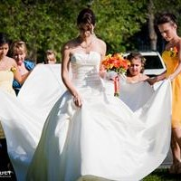 Montreal professional wedding photographer experienced original stylish artistic friendly affordable